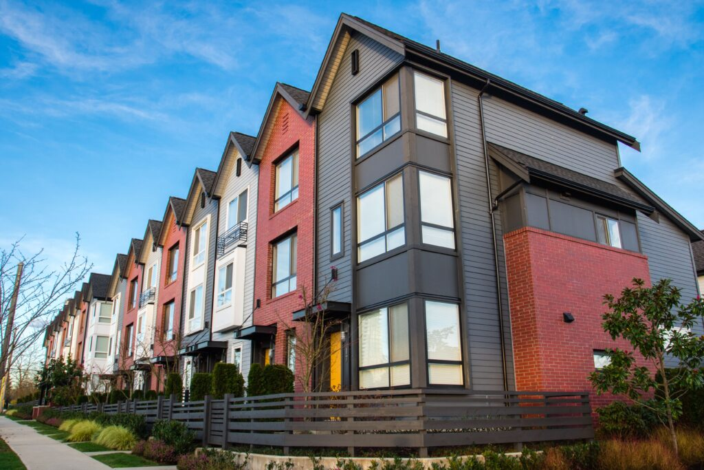 Tenants in Suburbs want to Report Rent Payments to Credit Bureau
